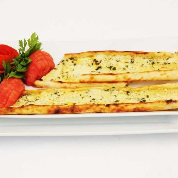 peynirli-yumurtali-pide